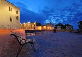 Bari, Largo Maurogiovanni