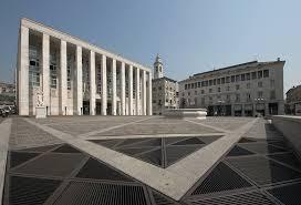 Bergamo, piazza della liberta