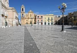 Palo del Colle, piazza Santa Croce